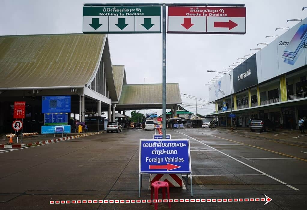 laos border for foreign vehicle