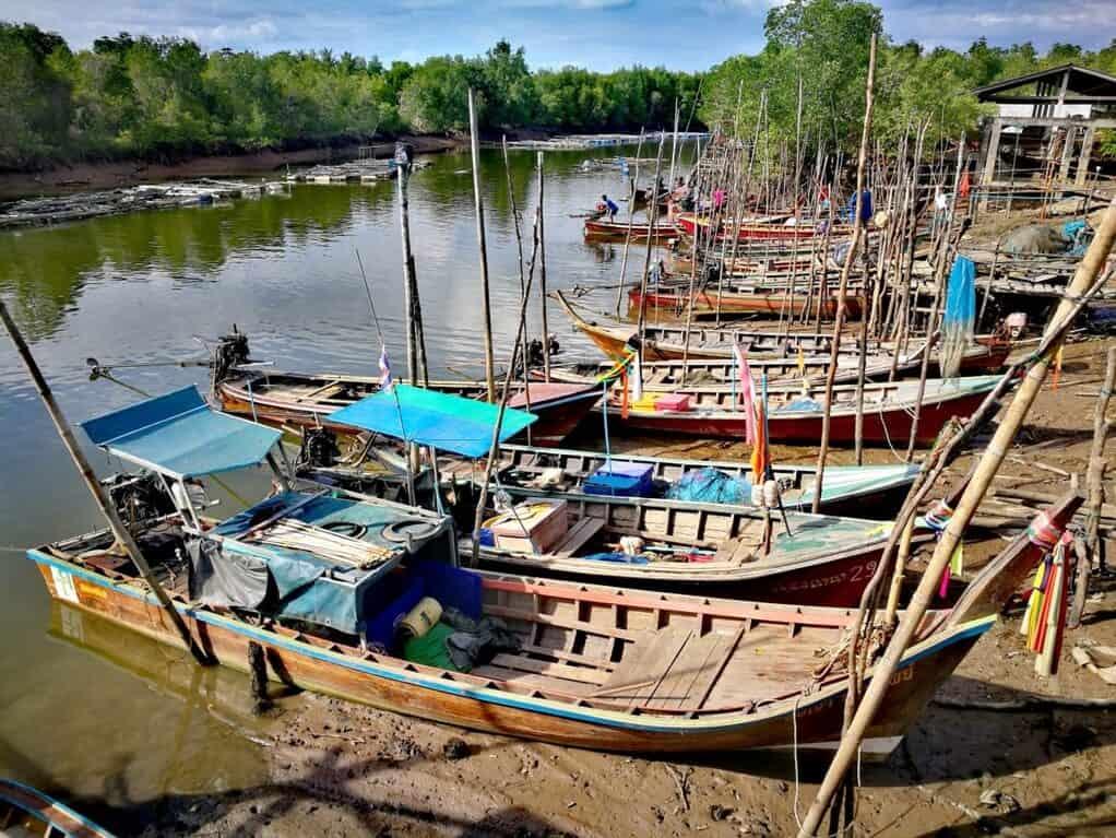 Sungai Upeh (Thung Wa)