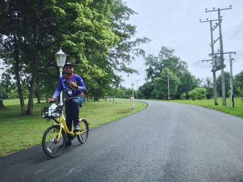 Cycling around Sukhothai