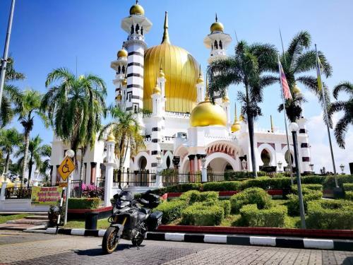 peninsular-malaysia-ride-kuala-kangsar-mosque