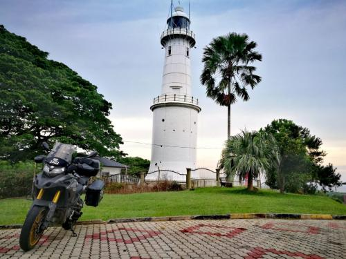 peninsular-malaysia-ride-lighthouse-kuala-selangor